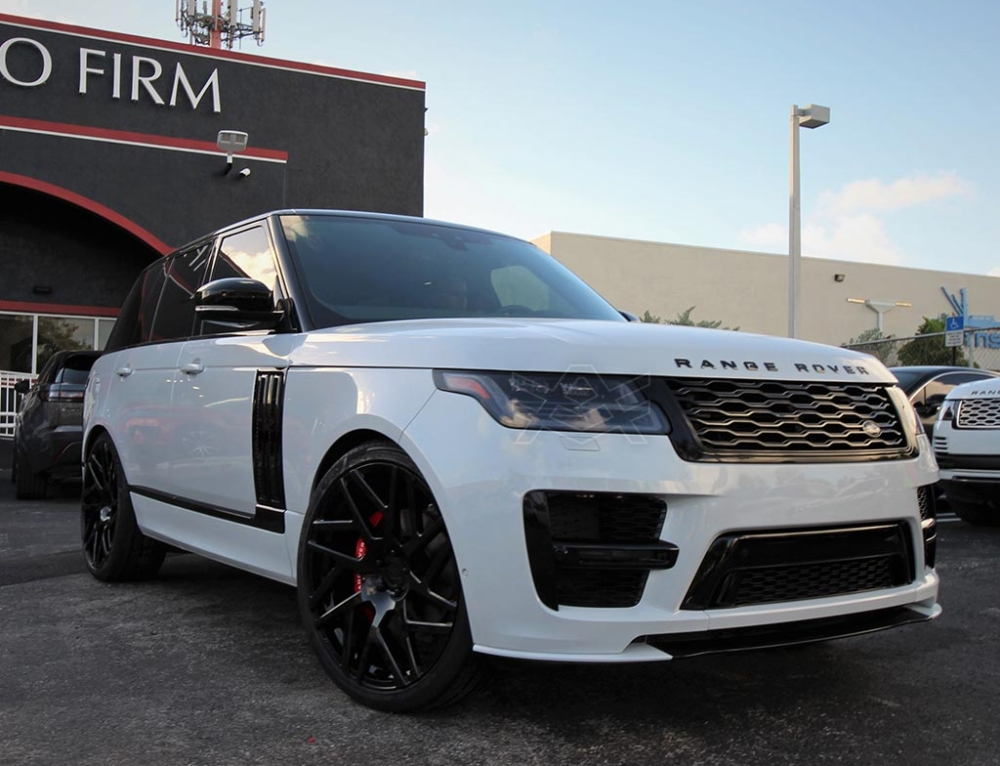 Range Rover for our friends over at Warren Henry Auto Group